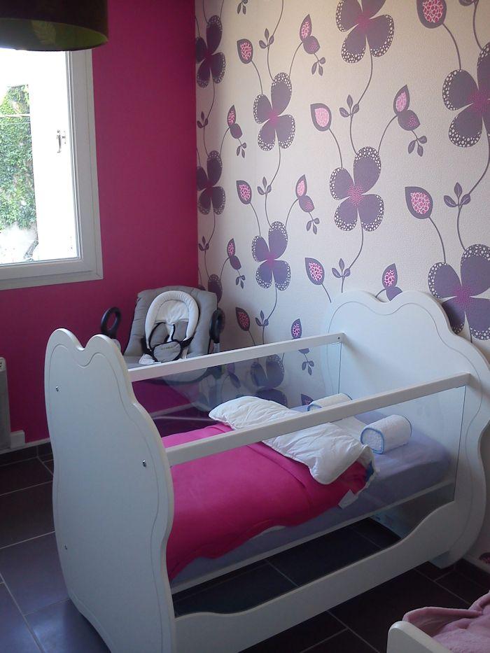 mini chambre b b alt a blanche avec plan langer. Black Bedroom Furniture Sets. Home Design Ideas