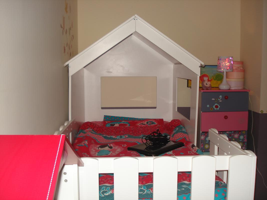lit enfant cabane swam blanc ma chambre d 39 enfant com. Black Bedroom Furniture Sets. Home Design Ideas