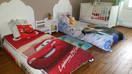 lit enfant empilable blanc 90x190 cm lit pour enfant bois. Black Bedroom Furniture Sets. Home Design Ideas