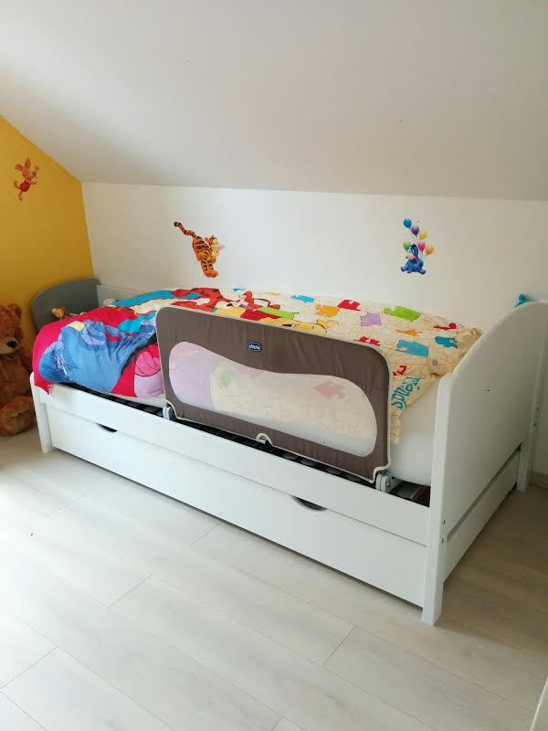 pack lit enfant nature blanc 90x190 cm avec sommier et matelas. Black Bedroom Furniture Sets. Home Design Ideas