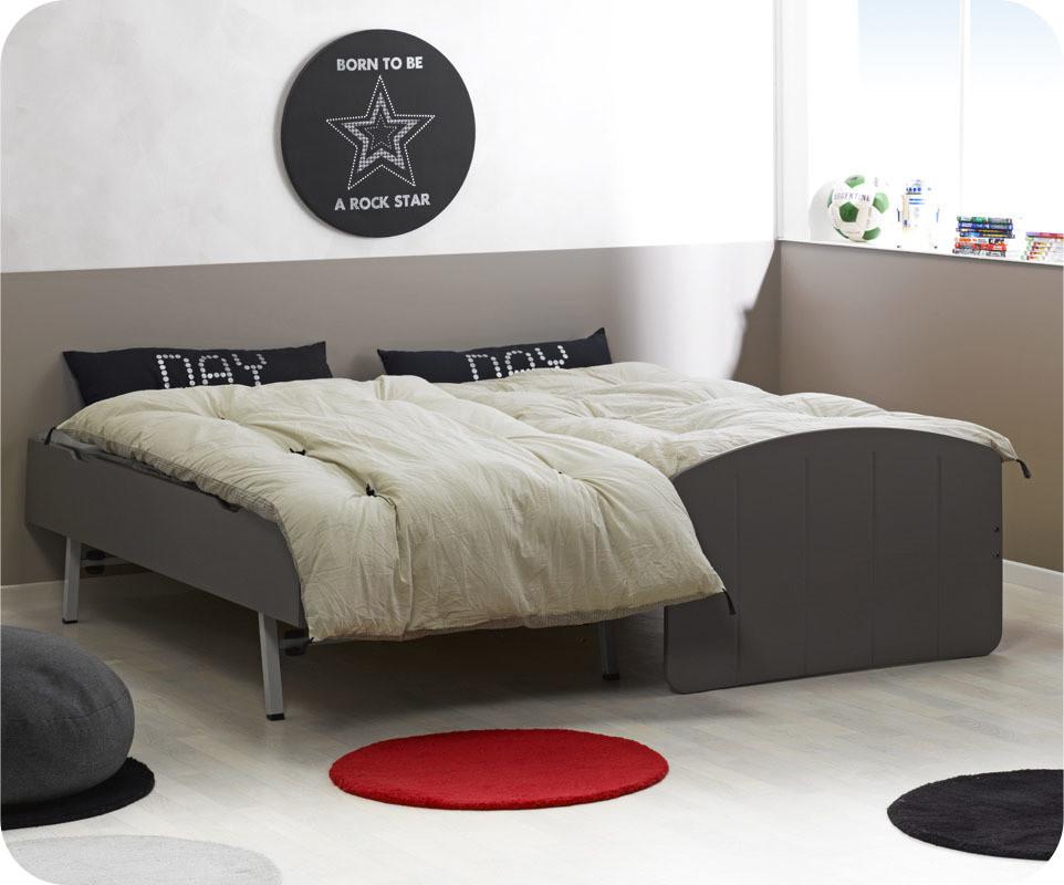 ausziehbett gleiche h he wunderbar kleines zimmer einrichten bild erindzain suchergebnis auf f. Black Bedroom Furniture Sets. Home Design Ideas