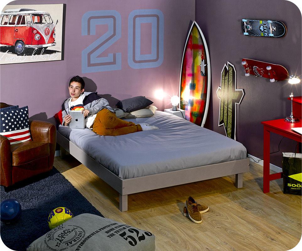 lit ado swing lin 140x190 cm bois massif avec sommier. Black Bedroom Furniture Sets. Home Design Ideas