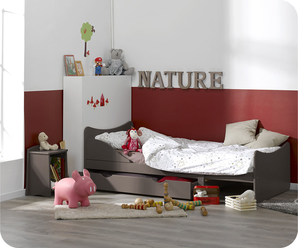 Chambre bb aubert amazing balancelle winnie luourson for Meubles xxl perpignan