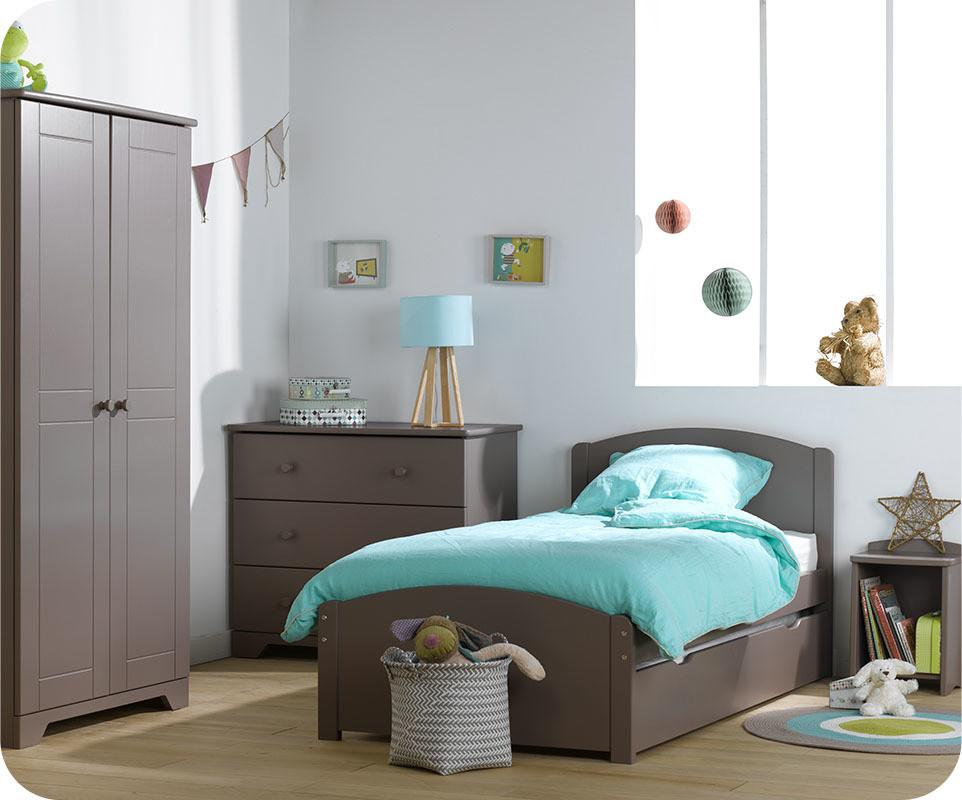 Chambre enfant nature taupe avec armoire enfant - Meuble chambre enfant ...