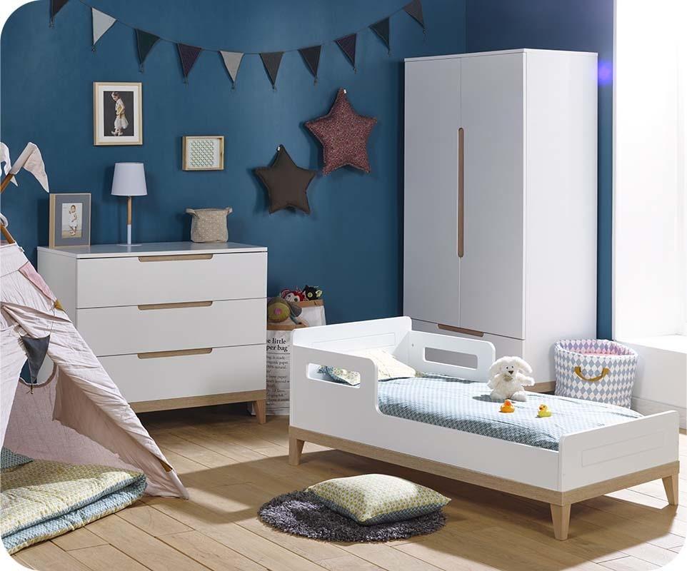 chambre b b compl te riga blanche et bois. Black Bedroom Furniture Sets. Home Design Ideas