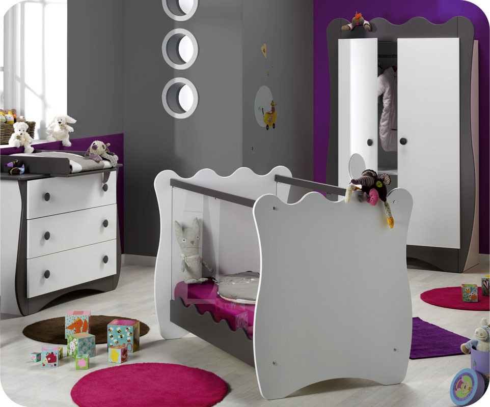 chambre b b doudou taupe par k roumanoff ma chambre d 39 enfant com. Black Bedroom Furniture Sets. Home Design Ideas