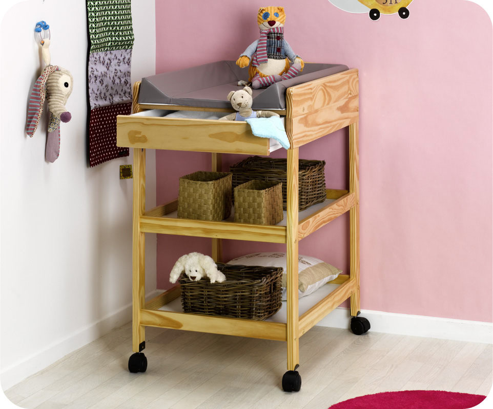 Table langer nature verrnis ma chambre d 39 enfant com - Table a langer compacte ...