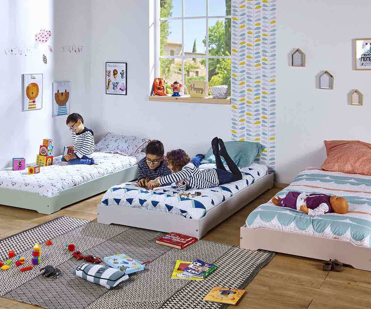 lit enfant empilable blanc 90x190 cm et matelas lit pour. Black Bedroom Furniture Sets. Home Design Ideas