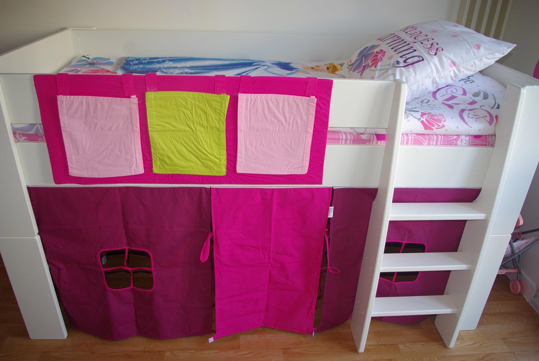 Le lit mi hauteur Steens , par Aïlla