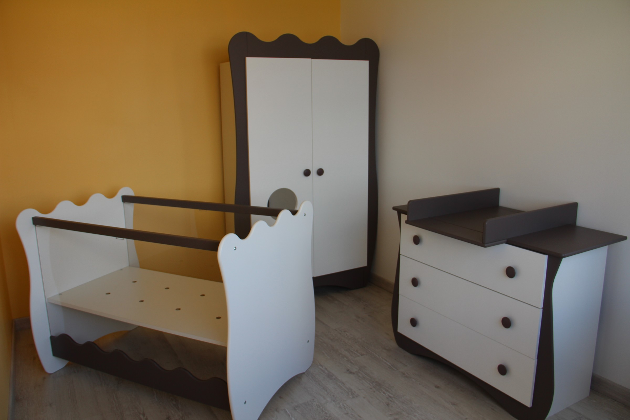 Chambre jaune et taupe – lombards