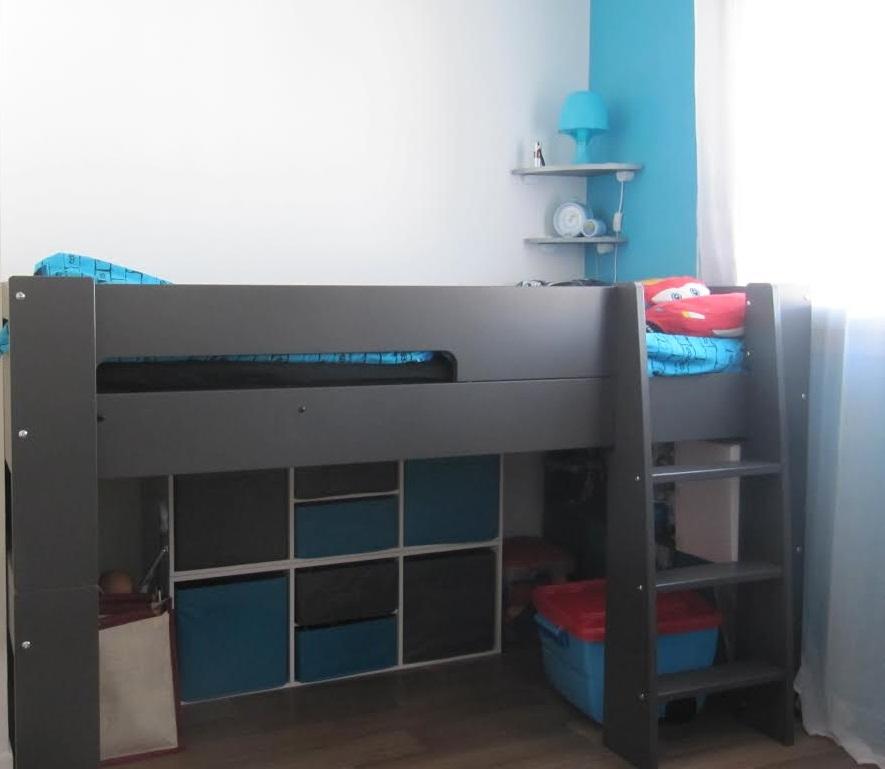 la collection wax un lit modulable d 39 abord un lit mi hauteur. Black Bedroom Furniture Sets. Home Design Ideas