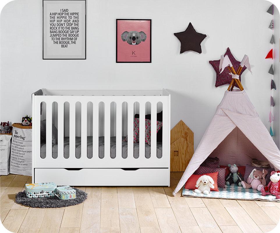 Decouvrez le lit bebe evolutif yume for Robe de chambre enfant avec matelas cher