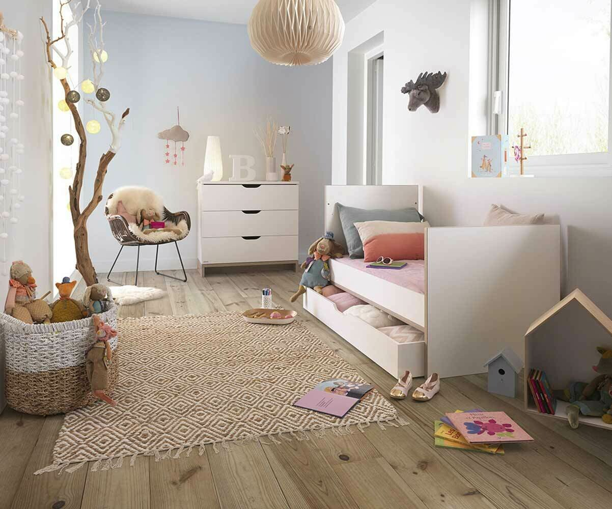 Chambre b b compl te plume blanche et bois for Chambre complete blanche