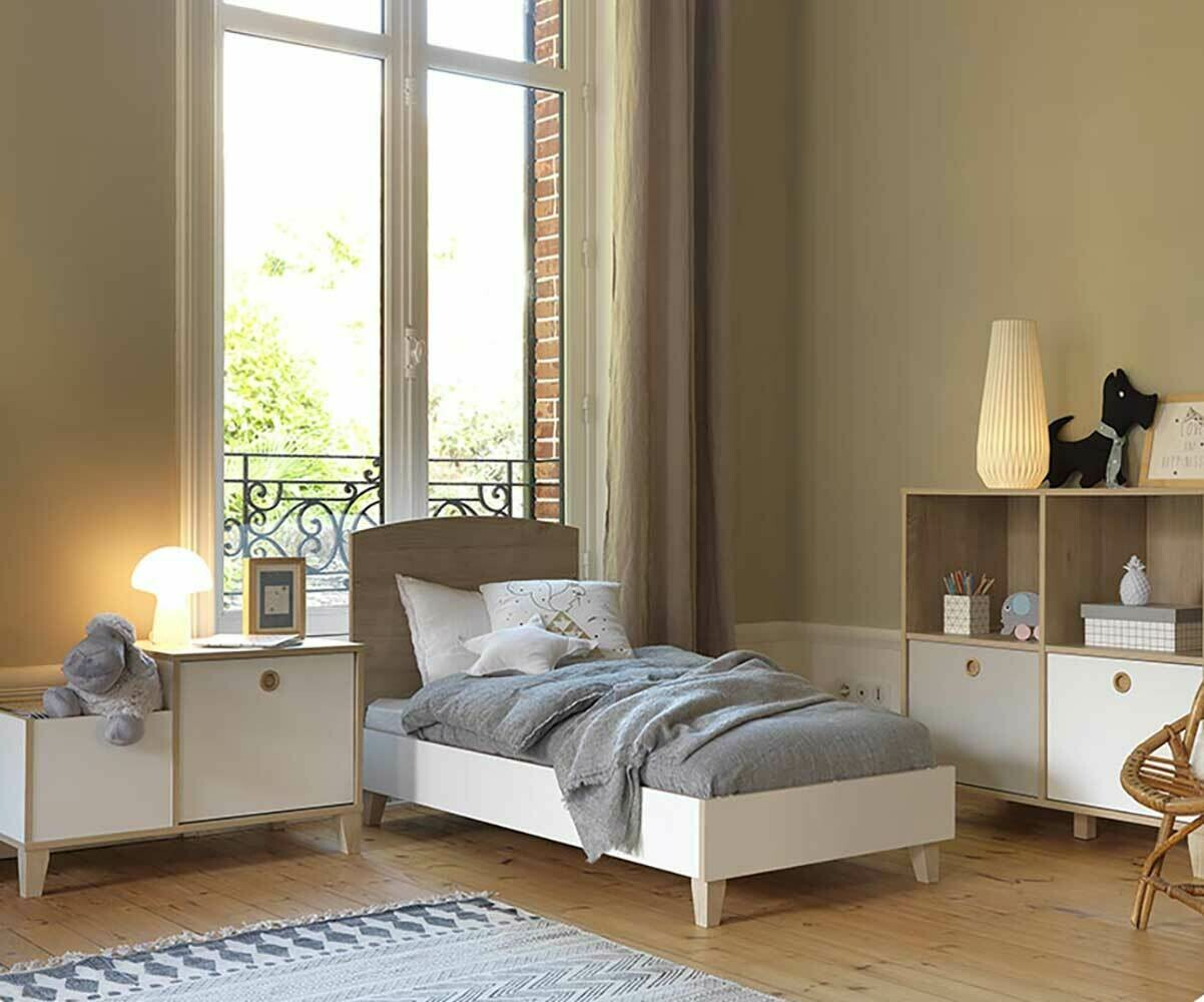 mini chambre b b perle blanche et bois. Black Bedroom Furniture Sets. Home Design Ideas