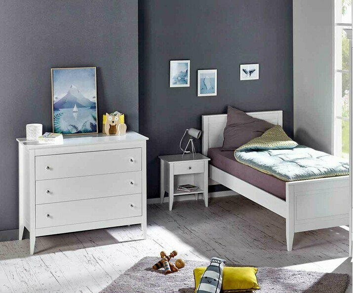 Chambre enfant Lou, lit,commode,chevet au style intemporel.