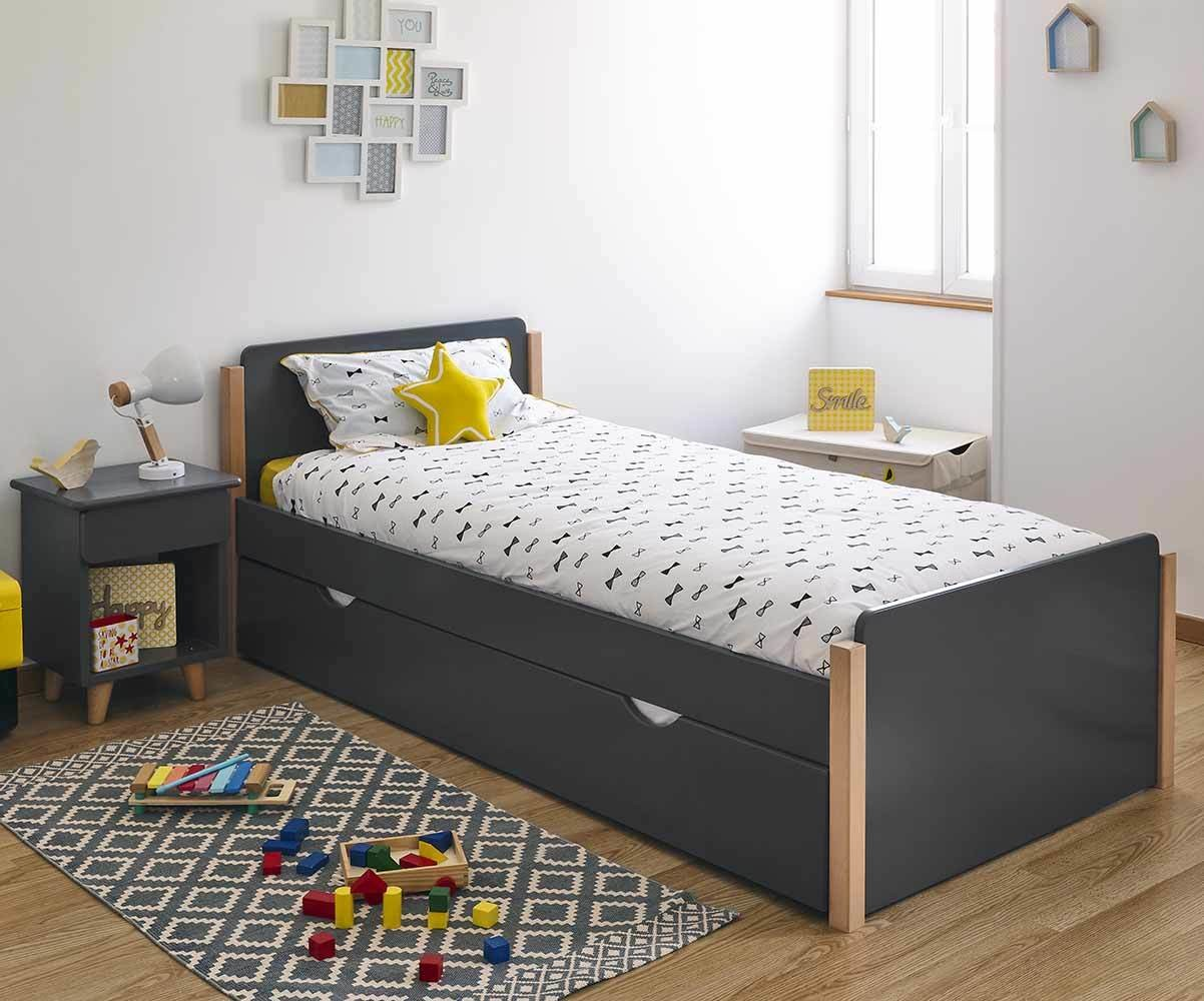 lit enfant sweet avec sommier et matelas fabrication fran aise. Black Bedroom Furniture Sets. Home Design Ideas