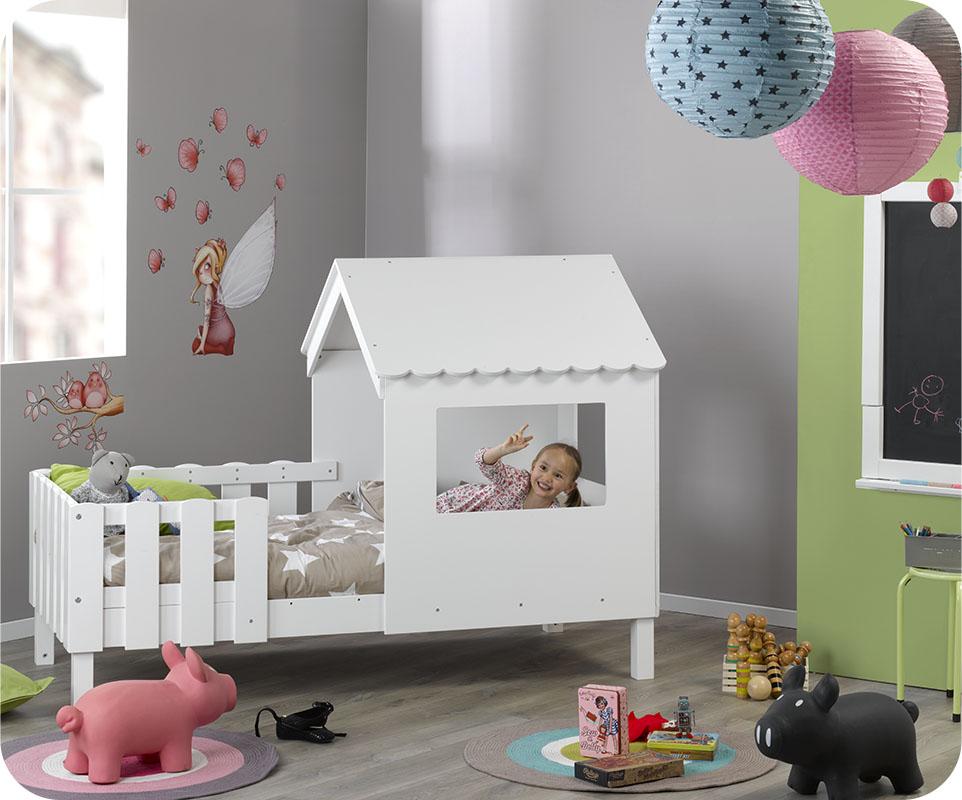 du rve la ralit il ny a quun pas pour votre boutchou dcouvrez notre lit cabane swam blanc de bois et de blanc vtu - Lit Enfant Cabane